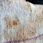 В домашних условиях можно отстирать даже такие грязные кухонные полотенца